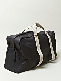 Haerfest men's Cowhide Large Duffel Bag from S/S 12 collection in black. Haerfest men's Duffel bag made of cowhide from the S / S 12 collection in black. Weekender, Duffel Bag, Black Leather Bags, Leather Men, Fashion Bags, Mens Fashion, Cowhide Bag, Men's Backpacks, Bag Making