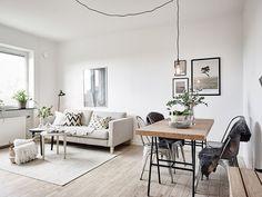 Minimal living and dining room combo Design Room, House Design, Home Living Room, Interior Design Living Room, Dining Living Room Combo, Apartment Living, Sinnerlig Ikea, Deco Studio, Ikea Pax