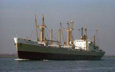 1979 op het Noordzeekanaal  http://vervlogentijden.blogspot.nl/2015/08/elke-dag-een-nederlands-schip-uit-het_7.html