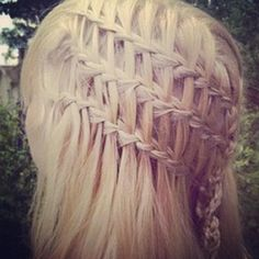 Triple one sided waterfall braid Playing With Hair, Cool Braids, Color Your Hair, Beautiful Braids, Quick Hairstyles, Plaits, Hair Art, Hair Makeup, Hair Beauty