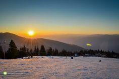 Pârtia Platoul Soarelui din Straja la asfinţit