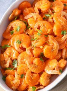 Portuguese Shrimp Recipe, Portuguese Recipes, Portuguese Food, Shrimp Recipes, Rice Recipes, Dinner Recipes, Cooking Recipes, Easy Recipes, Shrimp Mozambique
