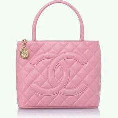 Pink Tote Bag from Chanel V- by Cris Figueired♥ Chanel Handbags, Fashion Handbags, Purses And Handbags, Fashion Bags, Chanel Tote, Pink Purses, Prada Tote, Designer Handbags, Radley Handbags