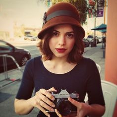 Post with 8029 views. Beautiful Women Pictures, Beautiful People, Conor Leslie, Series Dc, Hollywood Actresses, Celebrity Crush, Casual Looks, Celebs, Female Celebrities