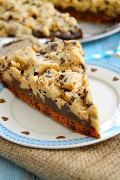 Chocolate Chip Cookie Dough Pizza slices up just like a pizza. Delicious and fun. Click through for recipe!