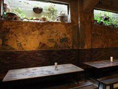 1928ビル地下にある「カフェ・アンデパンダン」|おじゃかんばん『フォトブラ☆散歩物語』
