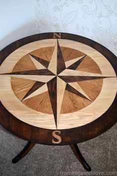 DIY+Compass+Table+Made+From+Wooden+Floor+Panels