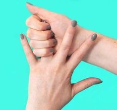 The ring finger is linked to overall well being and tranquility. If you ever feel panicked or anxious this is the finger to apply pressure to in order to return to tranquility. Health Tips, Health And Wellness, Health And Beauty, Fitness Workouts, How To Help Nausea, Healing Hands, Massage Therapy, Ring Finger, Natural Healing