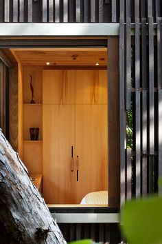 Great example of functional, beautiful built in shelving. Under Pohutukawa by Herbst Architects