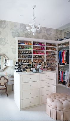 Dream closet - houses come inside