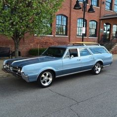 1966 Oldsmobile Cutlass F85 Deluxe Station Wagon