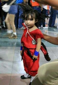A true fan of Dragon Ball z. Wouldn't mind dressing my son like that one day.