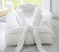 <3Waffle Weave Resort Robe<3  #pottery barn     It features an easy-care exterior of polyester/cotton waffle weave.  Lined with superabsorbent Hydro cotton Turkish terry.