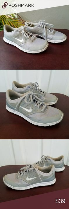 Women s Nike Sneakers Grey   white women s Nike sneakers. In great  condition! Size 7.5 89533c5bd0114