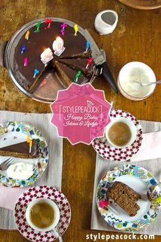 SACHERTORTE KLASSISCH | GELINGT GARANTIERT | Stylepeacock | Happy Boho Interior & Lifestyle Rezept für eine klassische Sachertorte gesucht? Diese hier ist unwiderstehlich saftig und schokoladig. Das von mir optimierte und erprobte Rezept gelingt garantiert dank meiner genauen Anleitung. Probiert es aus! #sachertorte #schokokuchen #chocolatecake #sachercake #tortenrezept #kuchenbacken Chocolate Fondue, Sweets, Foodblogger, Boho, Lifestyle Blog, Desserts, German, Interior, Treats