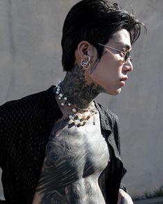 Korean Boys Hot, Korean Boys Ulzzang, Ulzzang Boy, Asian Boys, Asian Men, Beautiful Men, Beautiful People, Cute Emo Boys, Grunge Guys