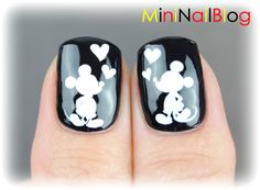 Hand-drawn Mickey Mouse Nail Art (with video)