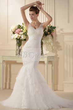 I'm really liking this dress, hope to find it and they have my size.  :) Attractive Trumpet/Mermaid Spaghetti Straps Embroidery Wedding Dress