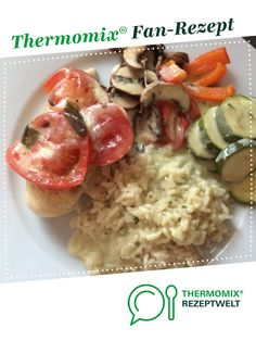 Hähnchenbrustfilet mit Basilikumsauce von Ein Thermomix ® Rez… Chicken breast fillet with basil sauce from A Thermomix ® recipe from the main meat with meat category www.de, the Thermomix® Community. Raw Food Recipes, Chicken Recipes, Fiber Rich Fruits, Chicken Breast Fillet, Basil Sauce, Healthy Body Weight, Raw Vegetables, Chicken And Dumplings, Healthy Nutrition