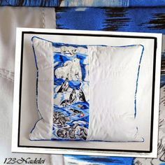 Kissenbezug z.T. aus alter Krawatte / Pillow case partly made of old tie / Upcycling