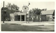 Chevron Gas, Old Gas Stations, Gas Pumps, Classic Trucks, The Good Old Days, Route 66, Garages, Old Cars, Boards