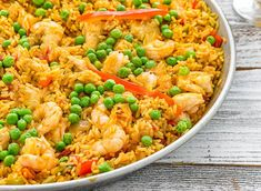 Light and Express WW Paella - Main Course and Recipe - Light Paella and Express WW, light paella recipe, a good complete dish made with rice, chicken, sea - Healthy Recipes On A Budget, Budget Meals, Diet Recipes, Healthy Snacks, Plats Weight Watchers, Proper Nutrition, Macaroni And Cheese, Easy Meals, Food And Drink
