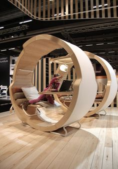 personal space innovative personal workspace according to the Cradle to Cradle principles EFG GAIA Unique Furniture, Home Decor Furniture, Furniture Design, Library Furniture, Furniture Movers, Office Furniture, Office Interior Design, Office Interiors, Office Pods