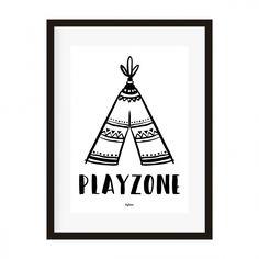 Poster A4 Playzone teepee. Zwart-wit poster met tipi en tekst Playzone. Leuk voor op de kinderkamer of in het speelhoekje! A4 formaat, geprint op 250 grams, mat papier. Exclusief lijst.