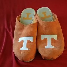 University of Tennessee Clogs Cutest pair of UT Vols clogs! They have been worn but are still in good condition! Can't Find Shoes Mules & Clogs