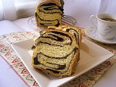 Cozonac cu ciocolata, marmorat   Rețete - Laura Laurențiu Pancakes, Breakfast, Morning Coffee, Pancake, Crepes