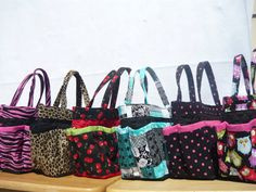 Quilt print 6 pockets bingo bag great for craft by sewtrendyrose, $17.00