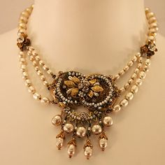 Knockout Miriam Haskell Faux-Pearl and Rhinestone Necklace