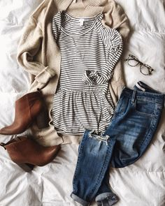 Winter Favorites: January's Top Ten - Casual Outfits Outfits Winter, Casual Outfits, Cute Outfits, Fashion Outfits, Womens Fashion, Fashion Trends, Casual Shirts, Casual Clothes, Hipster Outfits