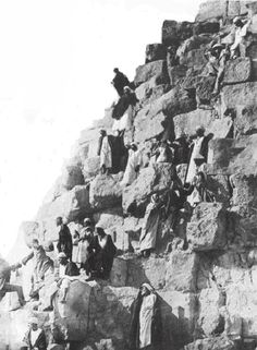 OLD PHOTOS OF THE PYRAMIDS AND SPHINX