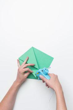 07-sandwich-envelopes-fiskars-steps-glue