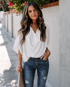 25 Casual Summer Outfits for Teen Girls and Women for Cute Comfy Simple Style Brown Blonde Hair, Brunette Hair, Bayalage On Dark Hair, Blonde Honey, Honey Balayage, Long Brunette, Brunette Color, Red Hair, Curly Hair