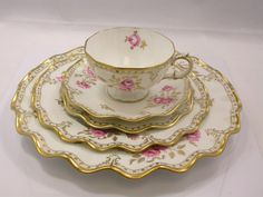 Royal Crown Derby China Royal Pinxton Roses tea set Service