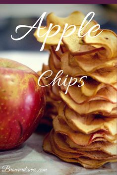 Homemade Crunchy Apple Chips Recipe - Super easy to make and NO Dehydrator needed!. Your kids will love them!