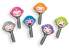 Give your keys the unique personality they deserve with these chimp key covers. Each set comes with six MonKEYS to help you organize your life.Keep yourself from going bananas with these MonKEY Key Covers. Easy Gifts, Cute Gifts, Cheap Stocking Fillers, Key Caps, Clear Card, Key Covers, Have Some Fun, Geek Chic, Birthday Presents