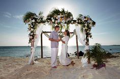 Paradise : An Aruba wedding Caribbean wedding and Caribbean Honeymoon Aruba Honeymoon, Caribbean Honeymoon, Aruba Weddings, Island Weddings, Destination Wedding Locations, Wedding Places, Wedding Stuff, Beach Wedding Decorations, Wedding Ideas