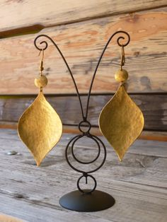 beautifull  earings handcutted and hammered to shape!