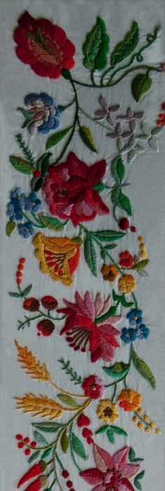 Hungarian Kalocsai Embroidery Love The Vibrant Colors Of This