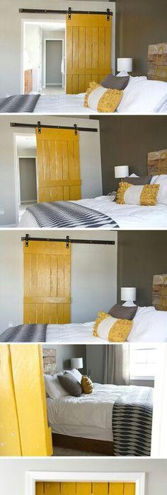 Nice Coat Hanger Would Look Great In My Guest Bedroom Prendre - Porte placard coulissante jumelé avec serrurier paris dimanche