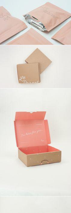[아크네] 매장이나 전체 느낌은 핑크가 아닌데 패키지,인쇄물 쪽은 핑크 강조. | 상자 ...