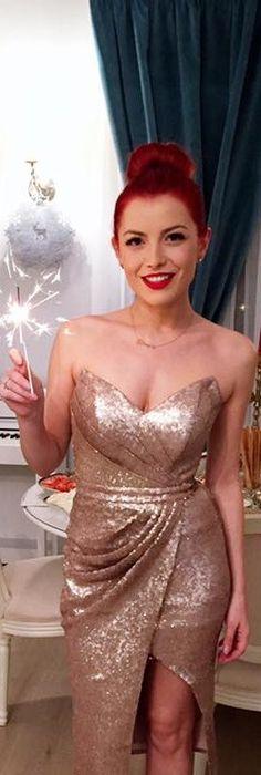 CRISTALLINI #CocktailDress #Sequins #GoldDress #Prom | Glamorous ...
