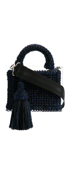 711 Lyudmila St. Barts tote, explore new season bags on Farfetch now.