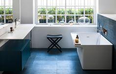 Plan vasque « Ell », design Benedini Associati, Andres Jost et Diego Cisi pour Agape.