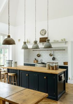 Not only the lighting will be a perfect complement to your existing kitchen, nowadays the lighting fixtures will also be a gorgeous decorative element to state your room character #kitchenlightingideas #lightingfarmhouse #kitchenlighting #modernlighting #kitchenideas #kitchenlightingrustic #lightingfixtures