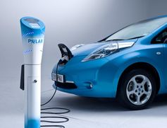 Electric Cars So Disruptive, Gas Cars Will Be Obsolete In 2016, Says Futurist Lars Thomsen