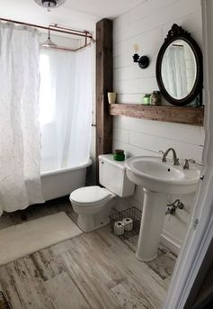 Rustic Small Bathroom Wood Decor Design Ideas 11 #homedecoratingideaspictures